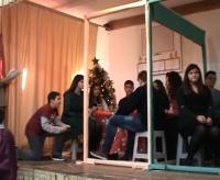 """Διαβάστε το χριστουγεννιάτικο σενάριο """"ΡΕΠΟΡΤΑΖ ΓΙΑ ΤΑ ΧΡΙΣΤΟΥΓΕΝΝΑ"""" της «Μεγάλης» Παναγίας Θηβών"""